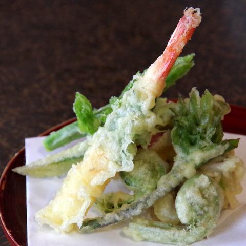 【滑走レポ 2013.5.9】 新潟・十日町の旬な山菜&蕎麦が食べたくて・・・(笑)@かぐら_e0037849_2035255.jpg