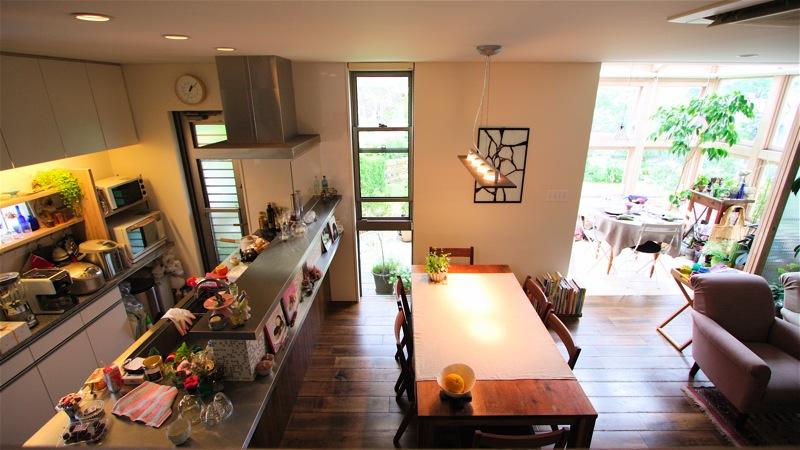 キッチンの飾り棚_f0230666_10242384.jpg