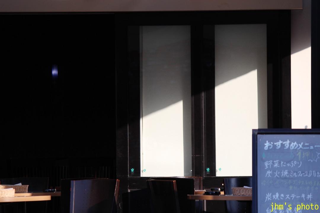 光と影の街(2)_a0158797_2322347.jpg