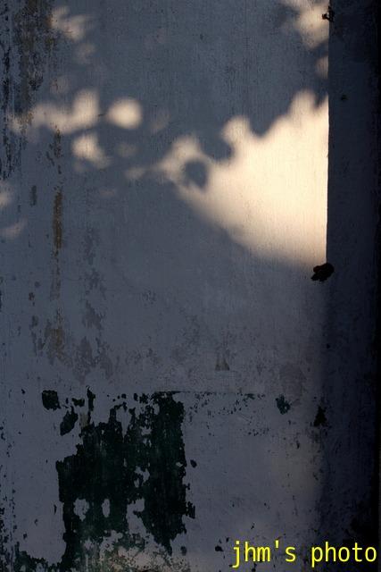 光と影の街(2)_a0158797_233437.jpg