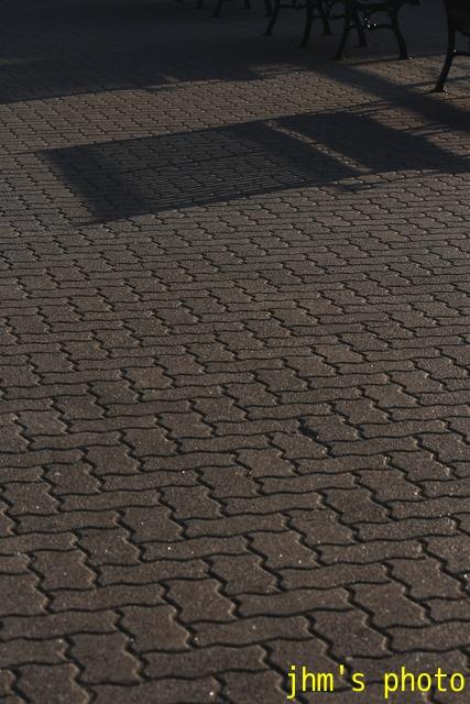 光と影の街(2)_a0158797_2344292.jpg