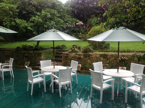 雨の地鎮祭_c0194929_1653732.jpg