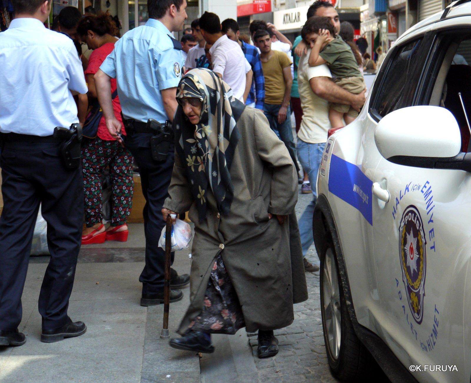 トルコ旅行記 38 イスタンブール旧市街その2_a0092659_12505285.jpg