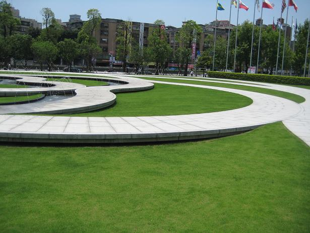台湾 世界貿易センター_e0193197_123919100.jpg