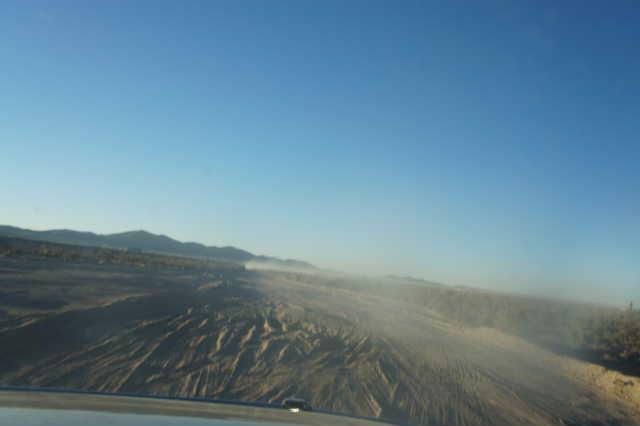 ボリビアの旅(36) ウユニ空港からラパス・エアアルト空港へ_c0011649_6183643.jpg
