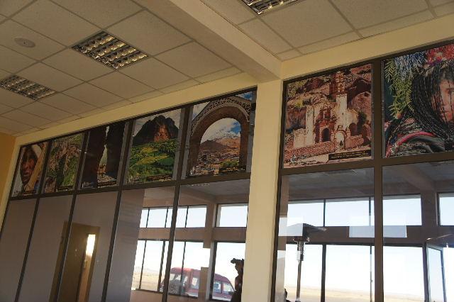 ボリビアの旅(36) ウユニ空港からラパス・エアアルト空港へ_c0011649_6323319.jpg