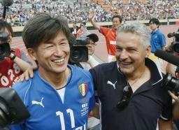 「私をブラジルW杯に連れて行って」:日本のキングカズから世界のキングカズへ!_e0171614_18572887.jpg