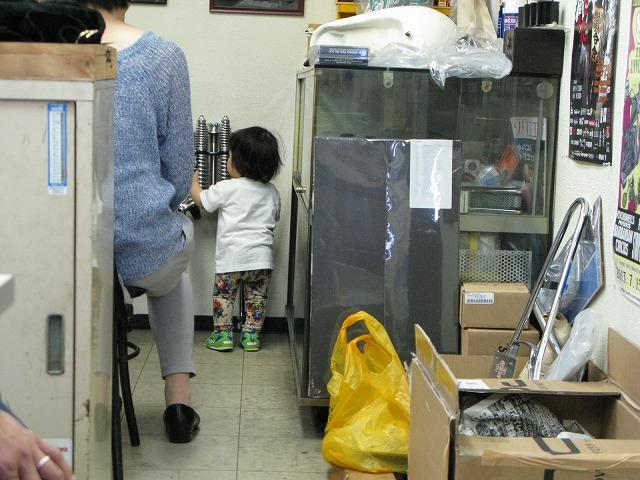 雨の福岡、、、作業は進む!? 続く、続く、_a0110720_17374869.jpg