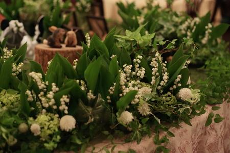 スズランのメモリアルテーブル シェ松尾青山サロン様の装花_a0042928_21133537.jpg