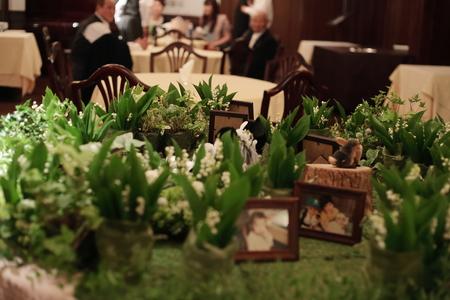 スズランのメモリアルテーブル シェ松尾青山サロン様の装花_a0042928_2115311.jpg
