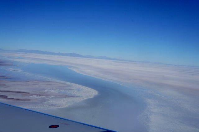 ボリビアの旅(36) ウユニ空港からラパス・エアアルト空港へ_c0011649_5181874.jpg