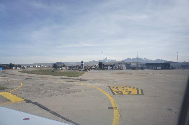 ボリビアの旅(36) ウユニ空港からラパス・エアアルト空港へ_c0011649_523213.jpg