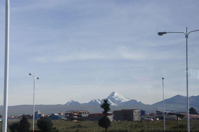 ボリビアの旅(36) ウユニ空港からラパス・エアアルト空港へ_c0011649_527548.jpg