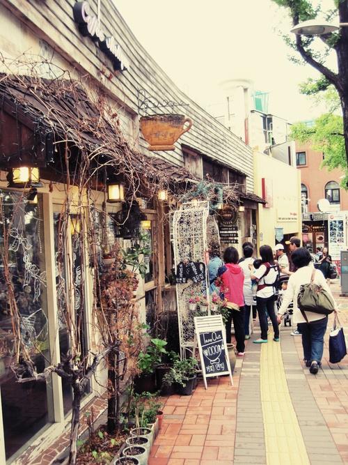 食いしん坊ふたり旅<5月・ソウル> 10☆新緑の南山~素敵カフェ_f0236260_2228157.jpg