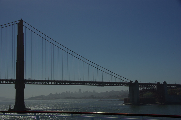サンフランシスコ入港 Golden Gate Bridge, SF_e0140365_23521357.jpg