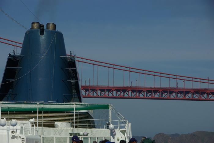 サンフランシスコ入港 Golden Gate Bridge, SF_e0140365_2354272.jpg