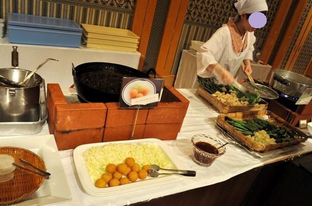 佐勘の朝食_a0126590_19444939.jpg
