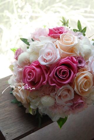 ピュアホワイトにピンクのエッセンスブーケ!_a0136507_1758119.jpg