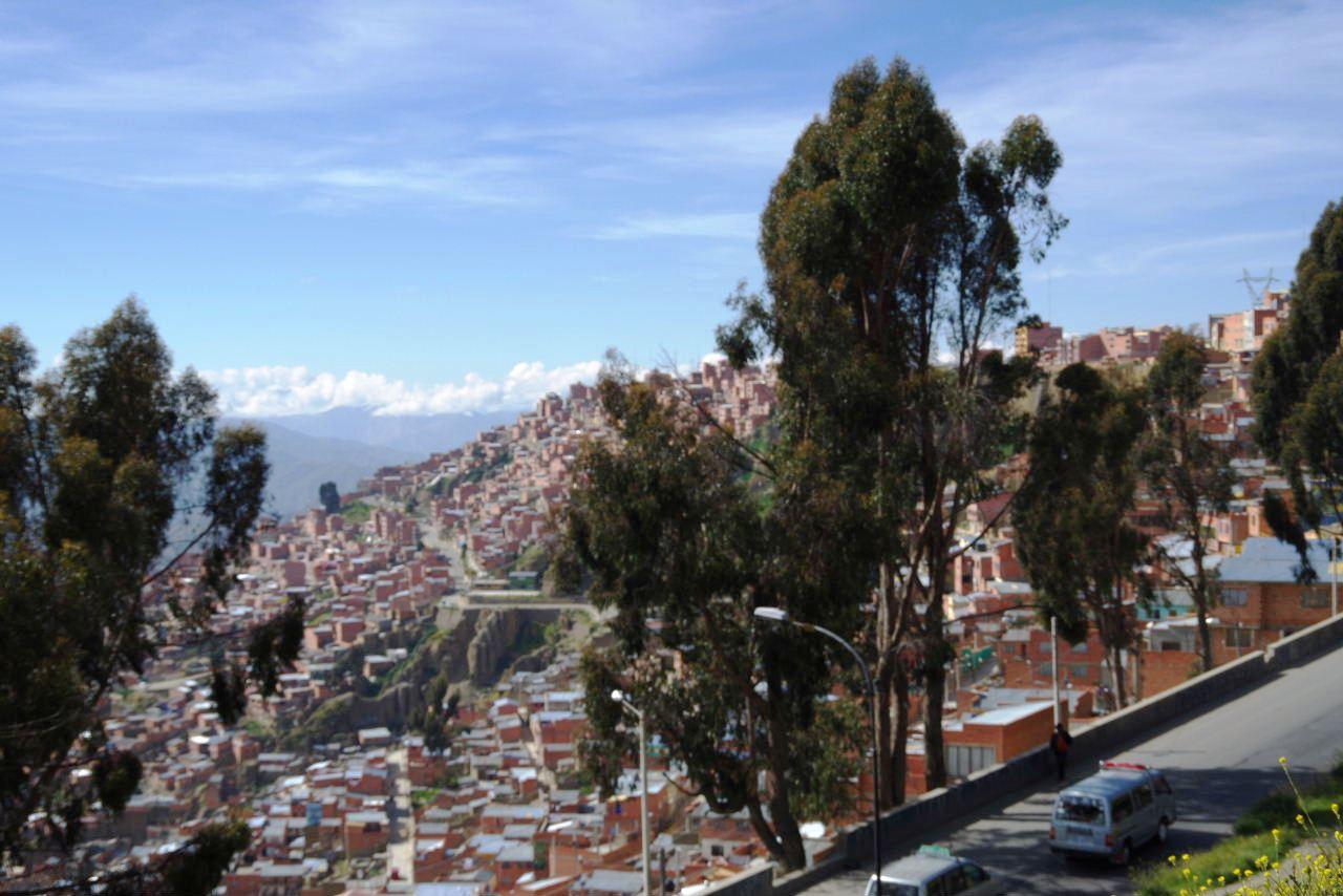 ボリビアの旅(37) 展望台から眺めたラパスの風景_c0011649_14275265.jpg