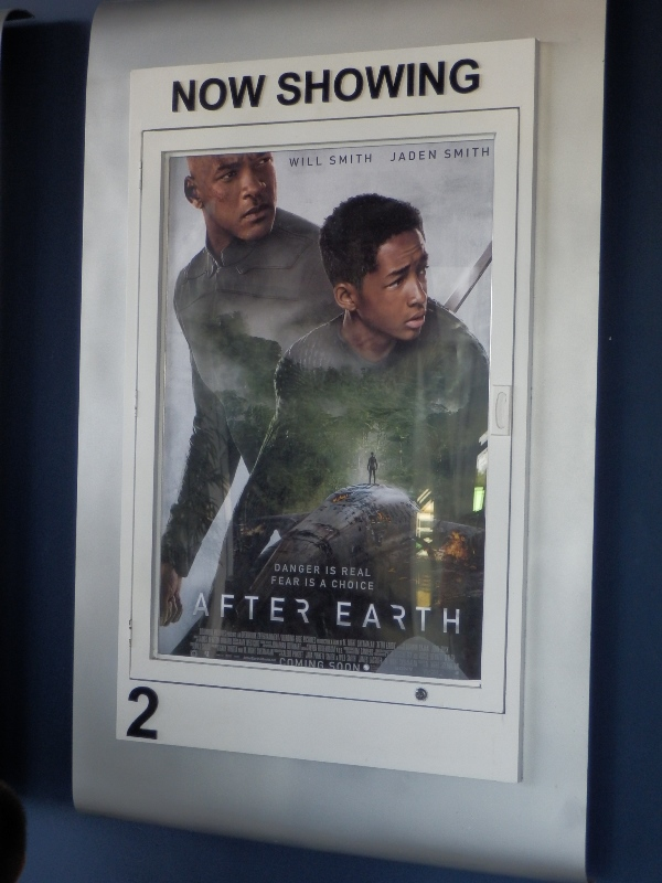 AFTER EARTH_a0015956_16473117.jpg