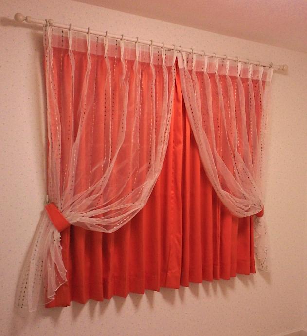 レースカーテンを楽しむ、子供室のカーテンスタイル。_c0157866_19174922.jpg