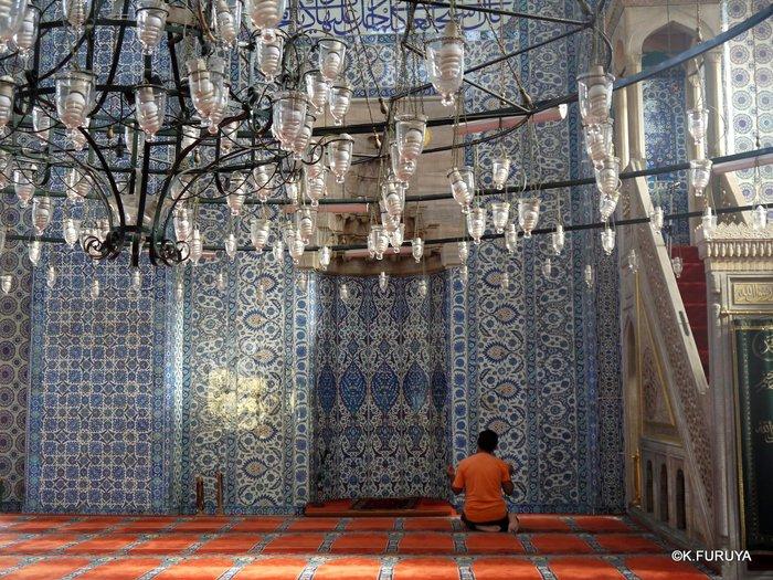 トルコ旅行記 40 イスタンブール旧市街の小さなモスク_a0092659_16435048.jpg