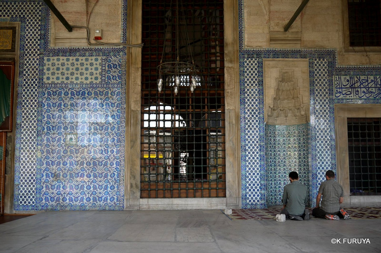 トルコ旅行記 40 イスタンブール旧市街の小さなモスク_a0092659_171845100.jpg