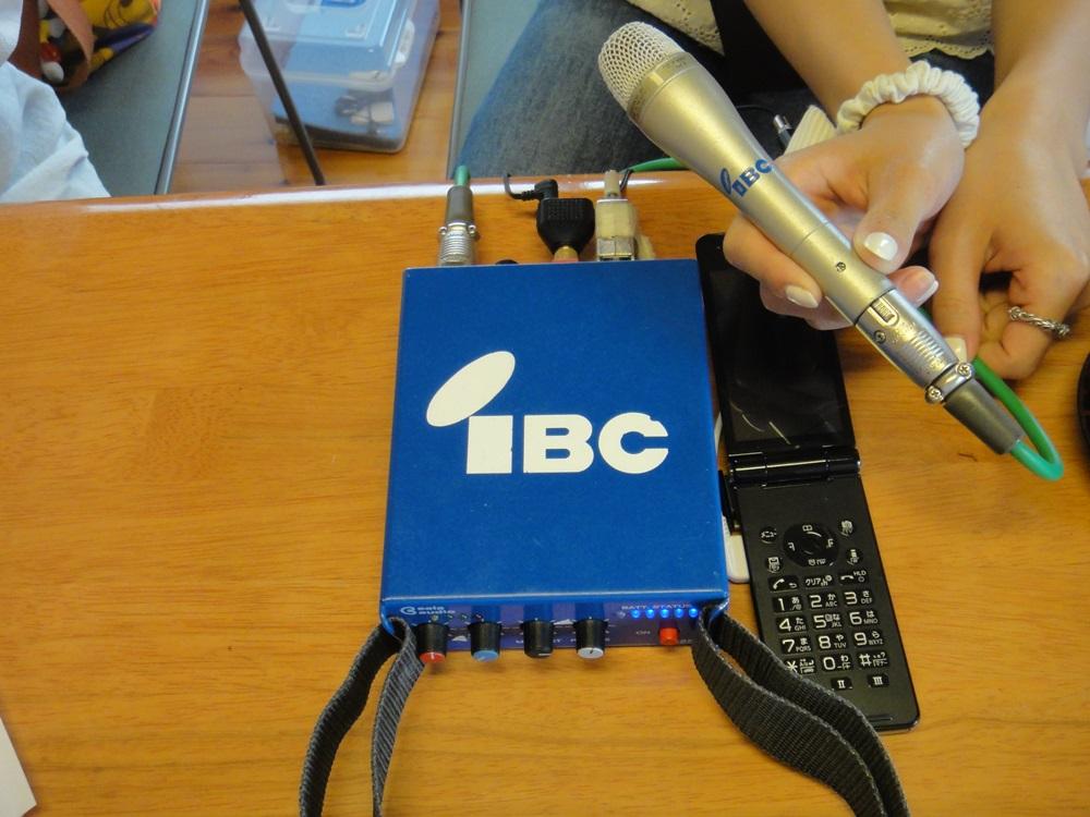 ラジオ取材_c0111229_21285912.jpg