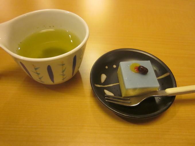 6月12日 季節の和菓子_b0131135_15565466.jpg
