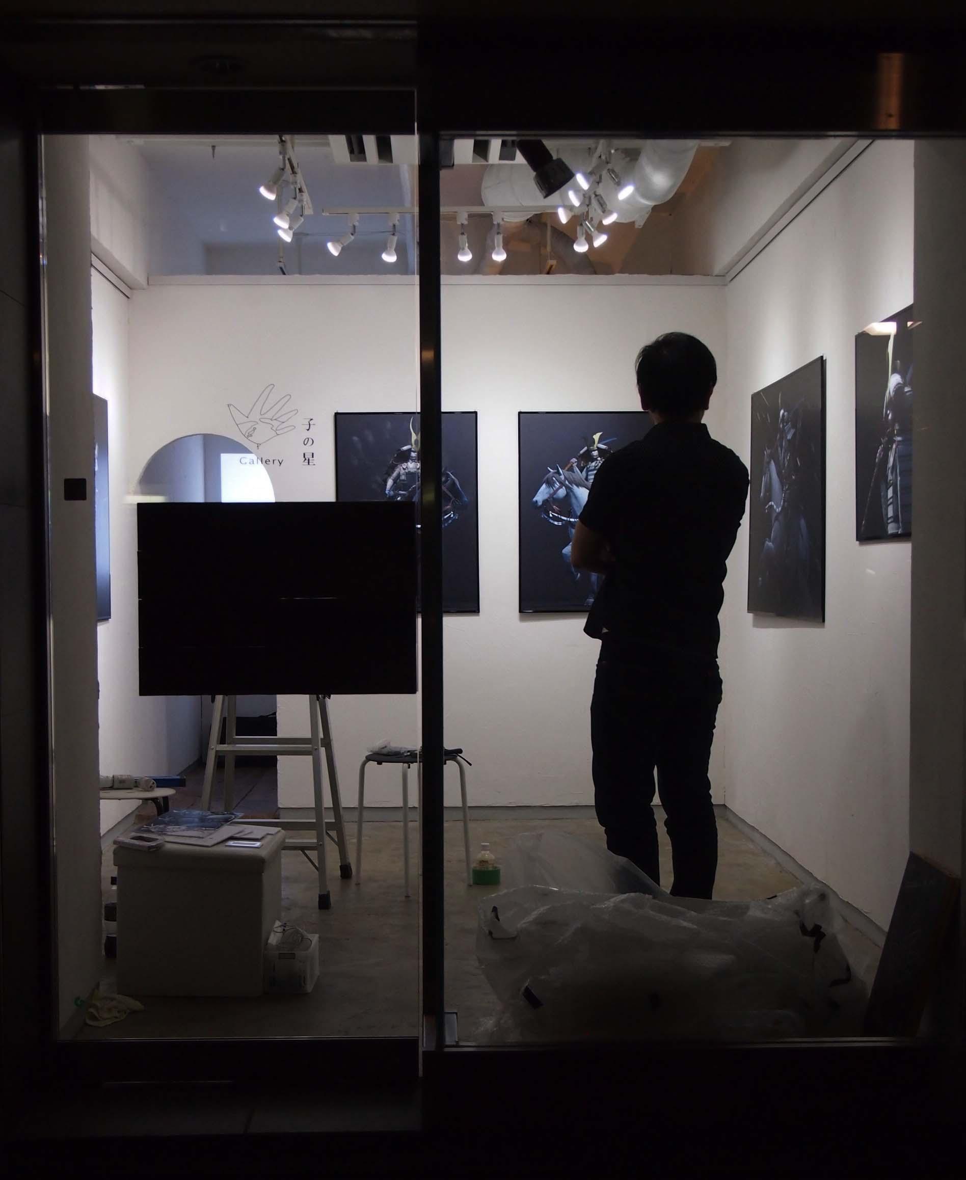 彫金3人展「夏のはじまり」搬出〜古部満敬「挙兵」搬入_e0272050_1218174.jpg