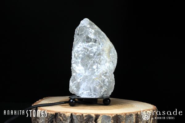 水晶原石ランプ(ブラジル産)_d0303974_13412683.jpg