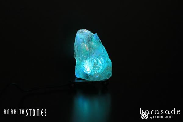 水晶原石ランプ(ブラジル産)_d0303974_13553814.jpg