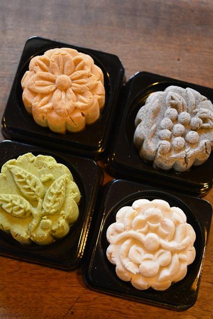 食在有趣 台湾、美食めぐり④ 台中編 ほっこりレトロな老舗の銘菓、林金生香餅店へ_b0053082_7433855.jpg