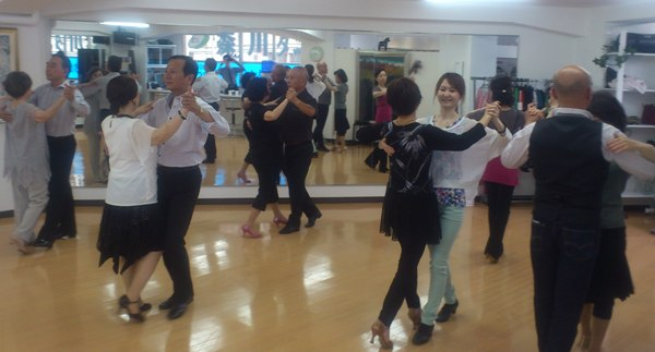 社交ダンス初級基礎講座_a0130266_1839777.jpg
