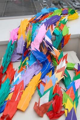 【お知らせ】伝え続けよう平和への想い 平和への祈りを込め「鶴」を折ってみませんか_d0262773_10101341.jpg