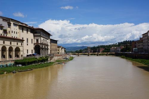 フィレンツェは、いよいよ夏です!_f0106597_2392669.jpg