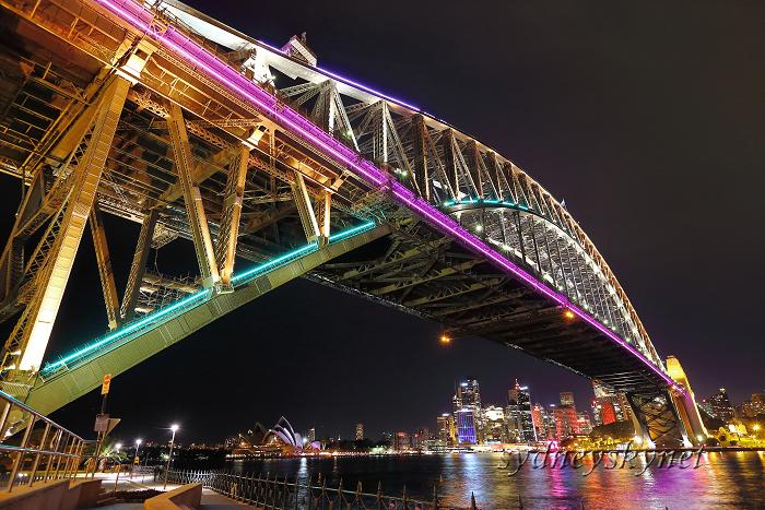 vivid sydney 2013 ~8~ harbour bridge 01_f0084337_20445534.jpg