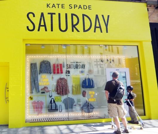 NYにオープン中のeBayとKate Spade Saturdayのユニークなお店_b0007805_2245225.jpg