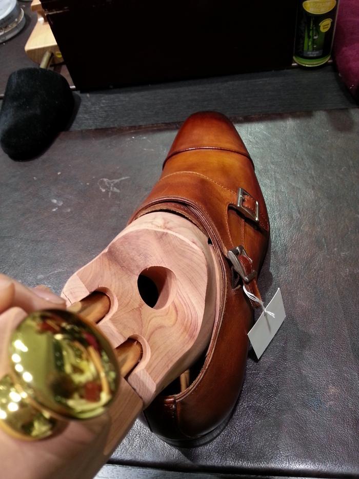 それでも靴が好きだ~イタリア靴にサルトレカミエフィッティング編~_b0226322_161227.jpg
