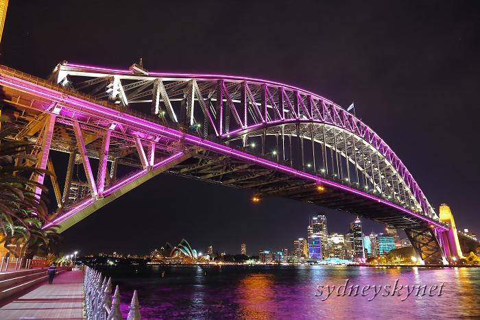 vivid sydney 2013 ~9~ harbour bridge 02_f0084337_1947228.jpg