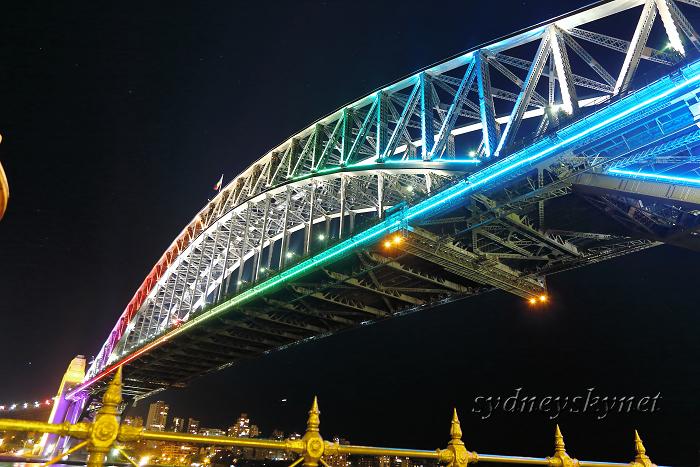 vivid sydney 2013 ~9~ harbour bridge 02_f0084337_19475526.jpg