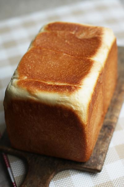 目覚めちゃったついでにパンを焼く。。。_f0149855_1331867.jpg