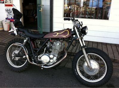 本日のバイク‼_f0194657_17214319.jpg
