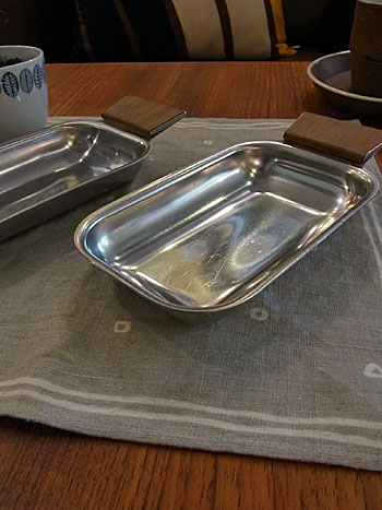 stainless tray_c0139773_16312426.jpg