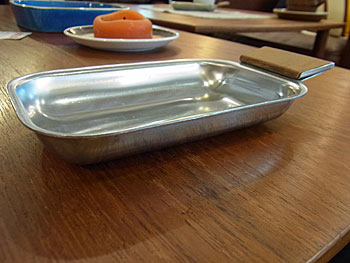 stainless tray_c0139773_1632022.jpg
