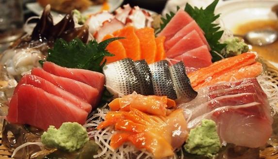 六本木のお寿司屋さん_e0148373_1826010.jpg