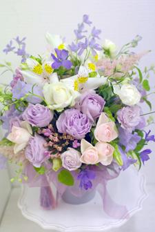 フローラフローラ花の教室 6月の生徒さん作品_a0115684_22541850.jpg