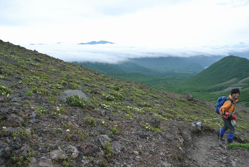 6月16日、風不死岳と樽前山_f0138096_18392662.jpg