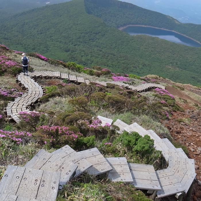 6月7日 韓国岳(Karakunidake) 後半_c0049299_15103391.jpg