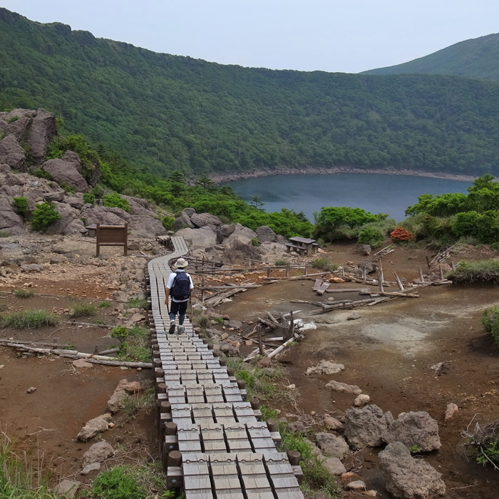 6月7日 韓国岳(Karakunidake) 後半_c0049299_15273394.jpg